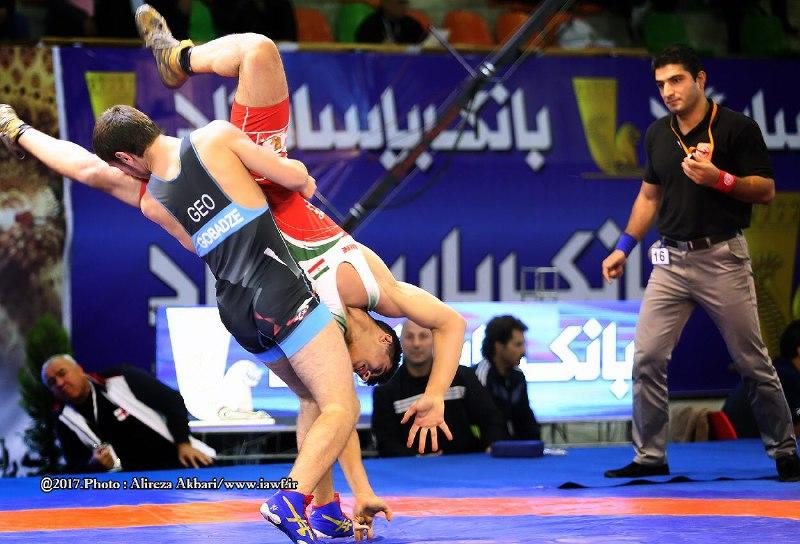 باشگاه خبرنگاران -تیم آذربایجان به عنوان قهرمانی رسید/ایران سوم شد