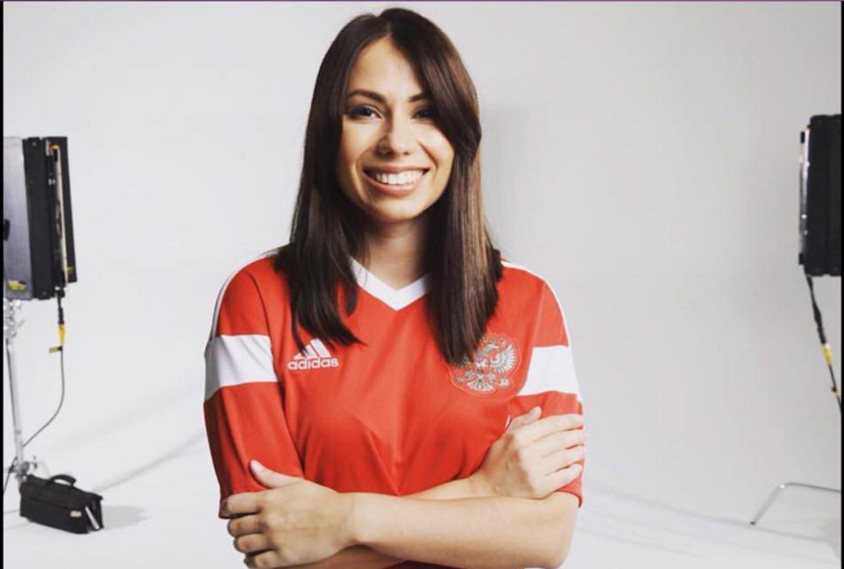 درخواست عجیب کاربران ایرانی از مجری روس مراسم قرعه کشی جام جهانی