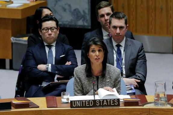 هیلی: آزمایش موشکی کره شمالی جهان را به جنگ نزدیکتر کرد/روسیه: آمریکا و کره جنوبی از برگزاری رزمایش نظامی دست بردارند