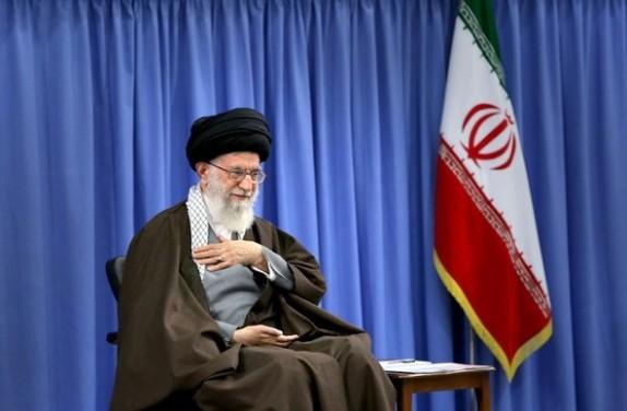 جمهوری اسلامی باید زکات را در سرلوحه برنامههای خود بگذارد