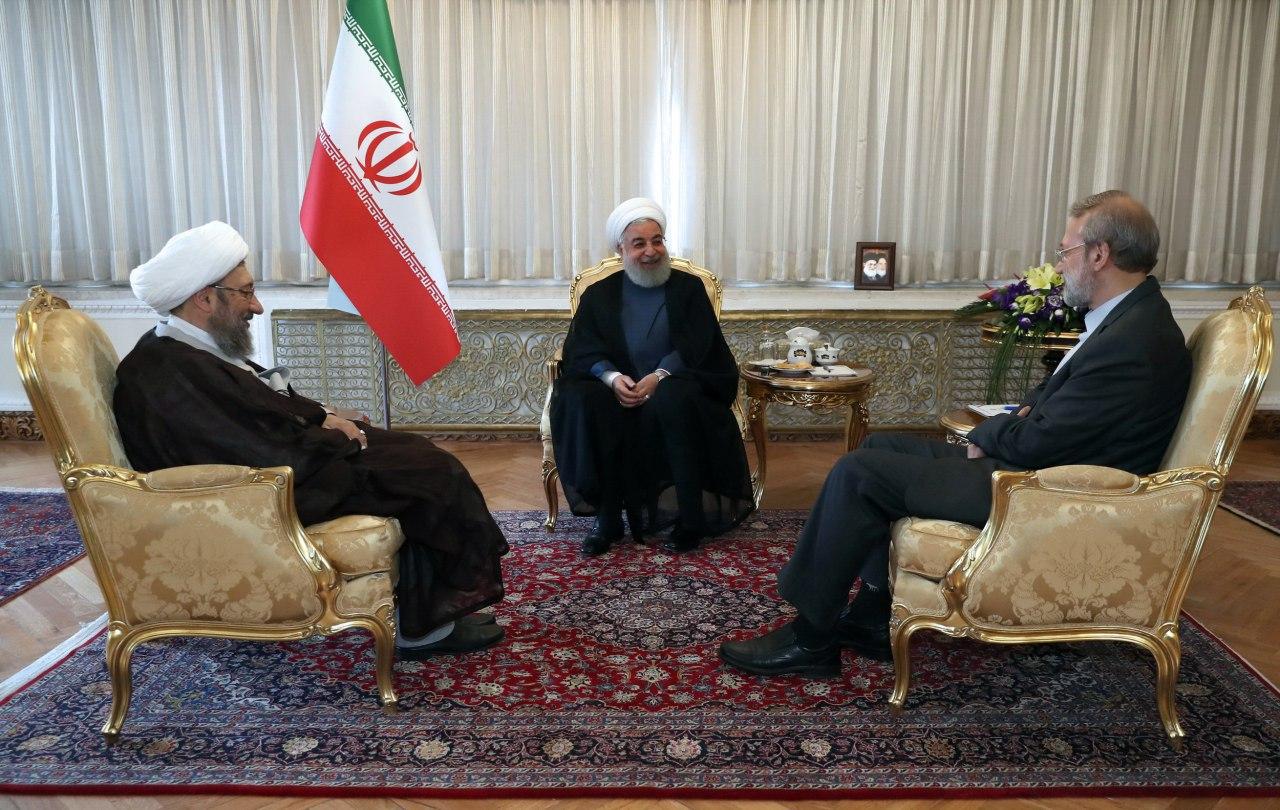 مروری بر فعالیتهای روحانی در تعطیلات نوروز/ رئیسجمهور تعطیلات خود را چگونه گذراند