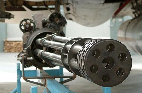 ایران اولین قدرت سازنده تیربارهای سنگین در جهان/ رگبار تیربارهای ایرانی بر سر دشمنان