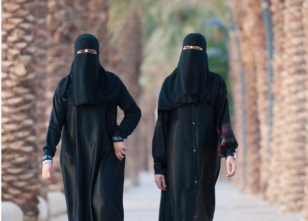 زنان سعودی همچنان با «آپارتاید جنسیتی» مواجه هستند