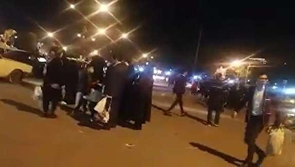 باشگاه خبرنگاران - نبود تاکسی و سرگردانی مسافران در مشهد + فیلم
