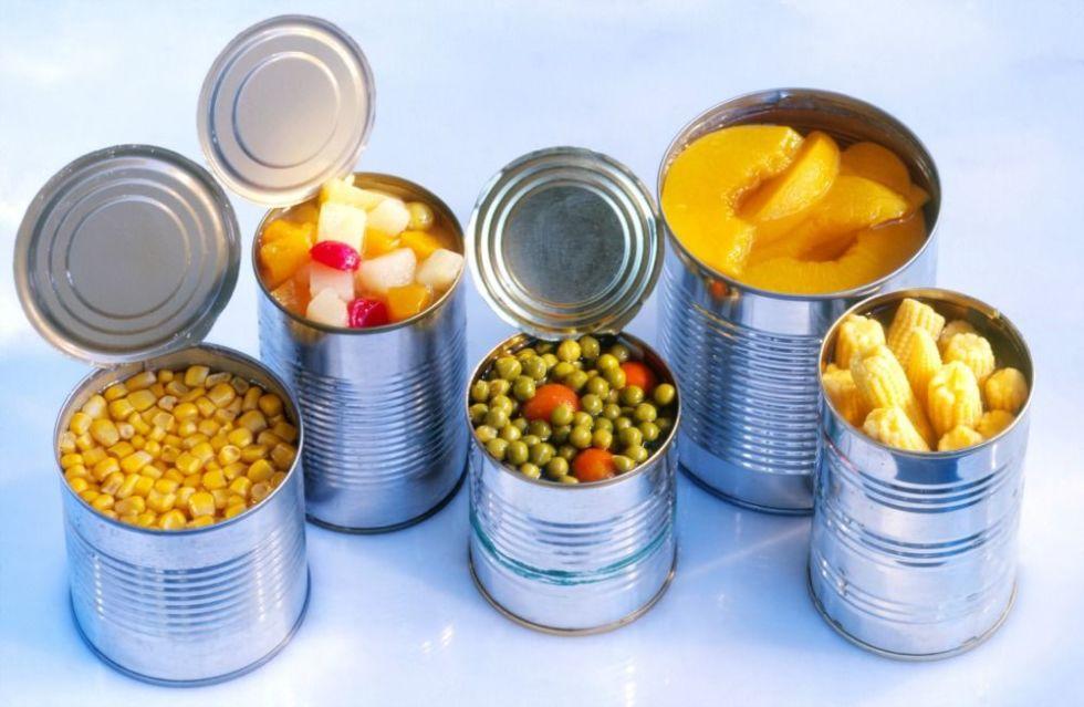 مسمومیت غذایی در سفرهای نوروزی را جدی بگیرید/ خطر مرگ در کمین مسافران/مصرف یخ های کنار جاده ای ممنوع!