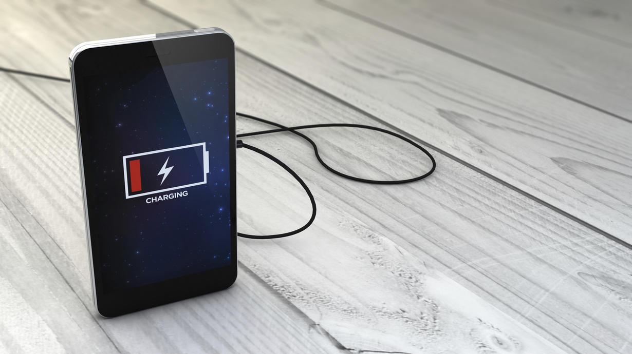 ۵ عاملی که سبب خالی شدن باتری موبایل میشوند
