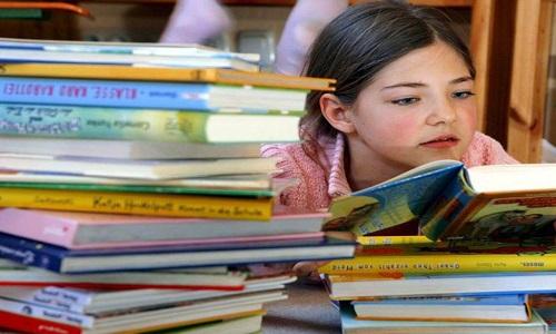 کتاب بخوانیم تا فرزندانی باهوش داشته باشیم