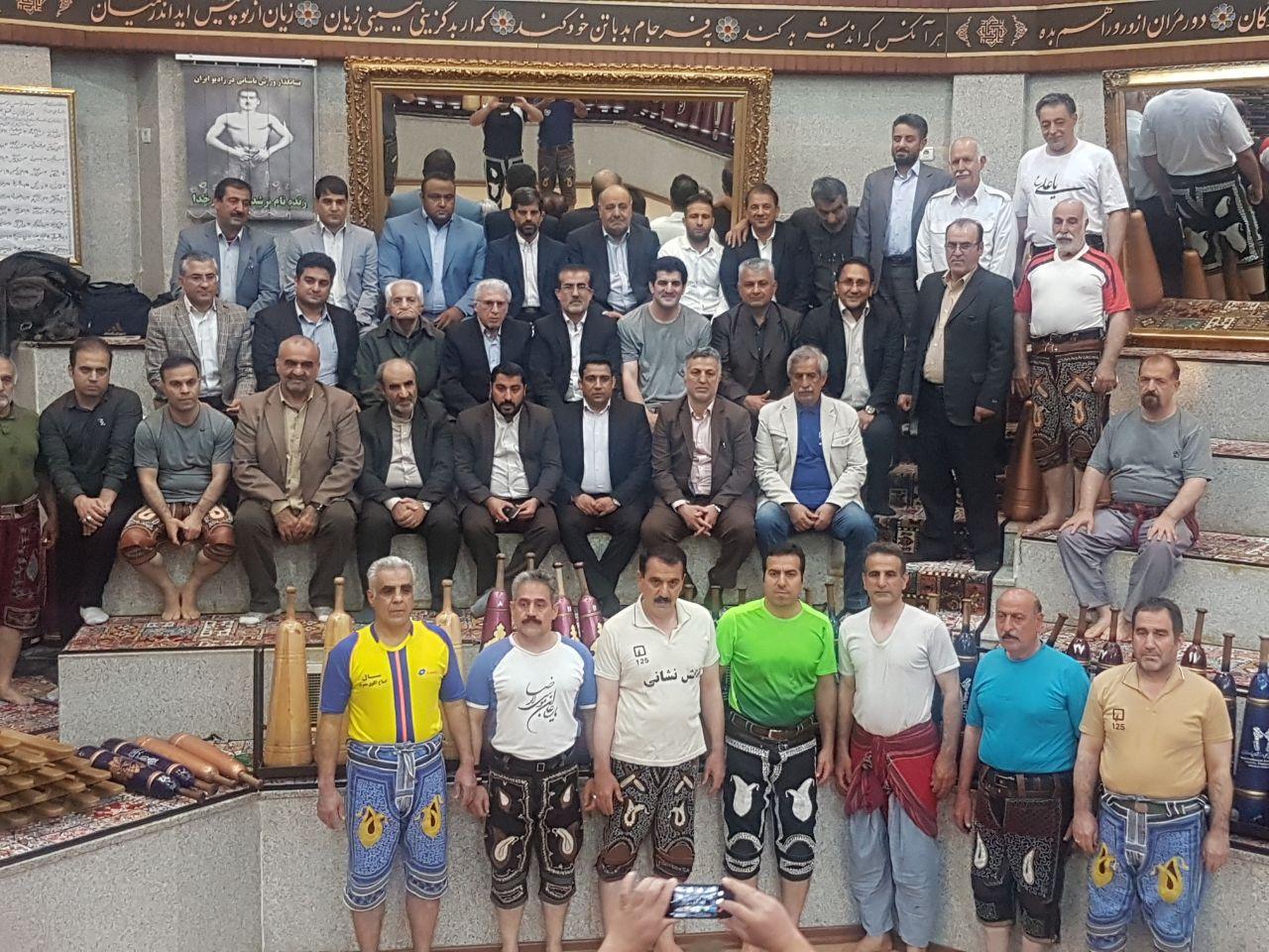 باشگاه خبرنگاران -دیدار اعضای مجمع با رسول خادم در زورخانه