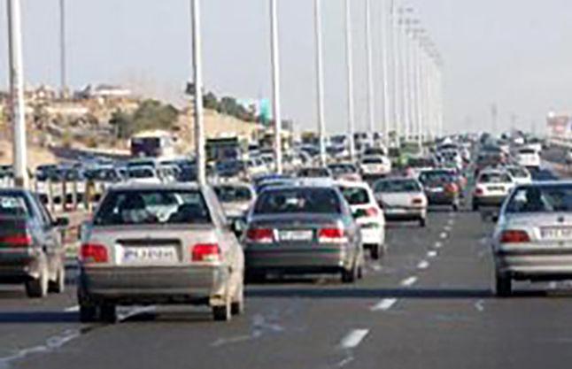 ترافیک نیمه سنگین در آزاد راه کرج- قزوین