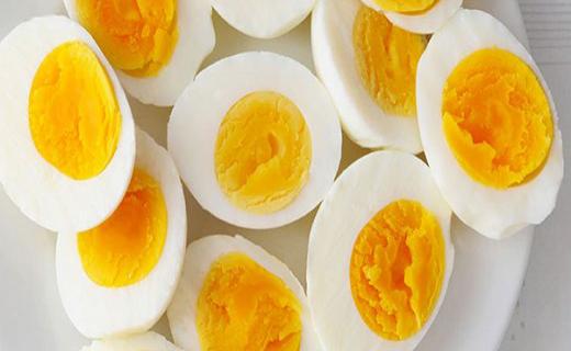 بهترین خوراکی برای صبحانه چیست/ علت حالت تهوع بارداری چیست/ خطر مصرف غذاهای کنسروی/ خواص عجیب کاهو