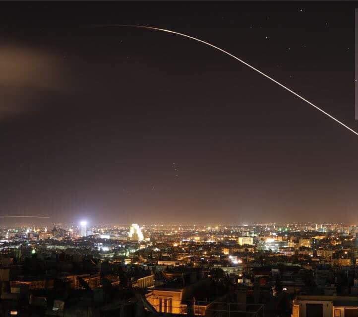 صدای انفجارهای مهیب در دمشق شنیده شد