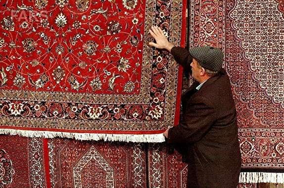 باشگاه خبرنگاران - فرش ایرانی، همچون نگینی در هویت کشور خودنمایی میکند/ افزایش 12 درصدی صادرات فرش از استان زنجان