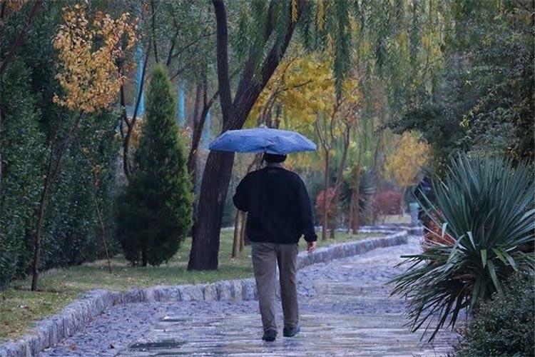 نوای بارش باران در اکثر مناطق کشور/کمینه دمای پایتخت 5 درجه سانتیگراد + جدول