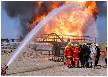 آتش سوزی تاسیسات نفت و گاز گچساران