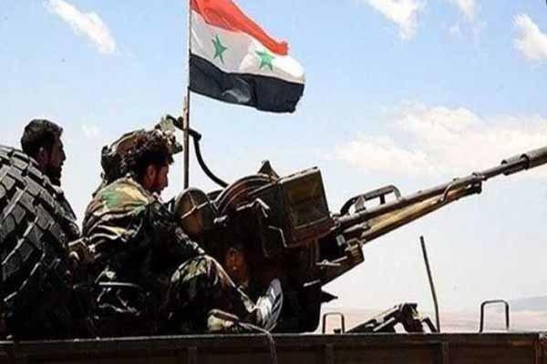 مقابله پدافند هوایی سوریه با موشکهای متجاوز در آسمان حمص