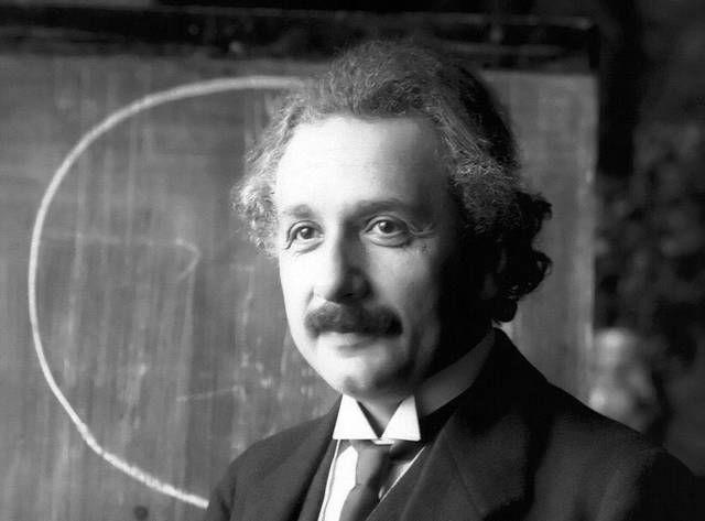 قوانین سخت و ظالمانهای که آلبرت انیشتین برای همسر خود تعیین کرده بود