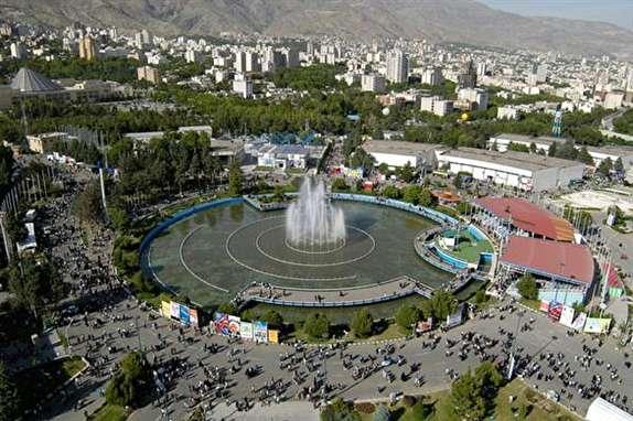 باید مشخص شود چه کسانی مجوز برگزاری نمایشگاه خودرو در تهران را صادر کردهاند