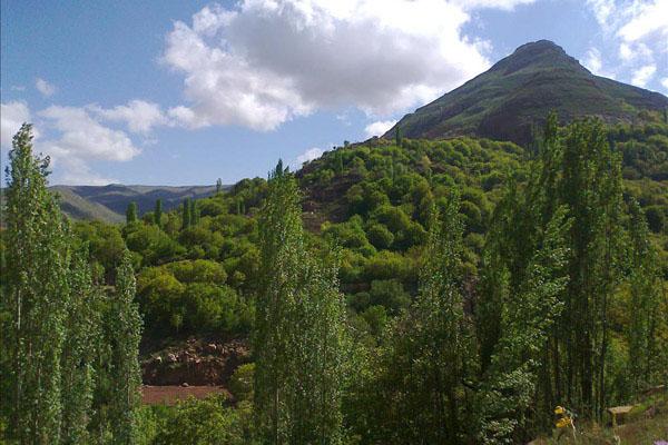 فیلمی از مناظر زیبا و بکر روستای پلکانی اسفیدان
