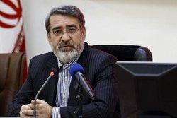 دستور وزیر کشور برای پیگیرى برخورد نامتعارف مامور نیروى انتظامى با یکى از بانوان