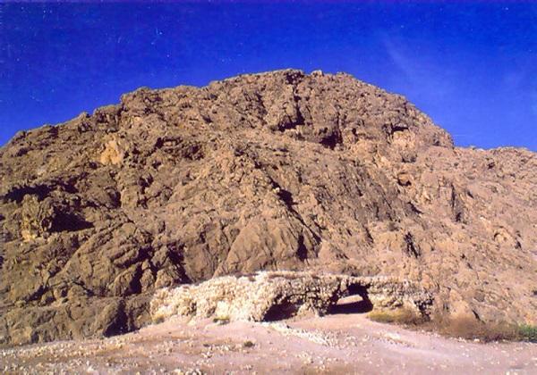 نخستین مقر حکومت ساسانیان در کجا قرار داشت؟