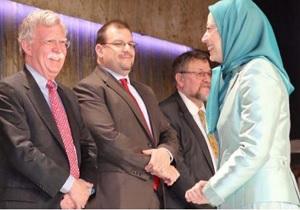 رشوه گروهک منافقین به بولتون برای تغییر نظام در ایران