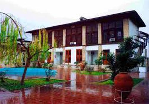 دو خانه با دو سرنوشت در مازندران