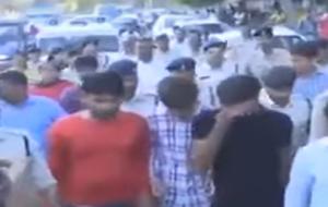 مجازات 4 جوان شیطان صفت در ملاءعام+فیلم