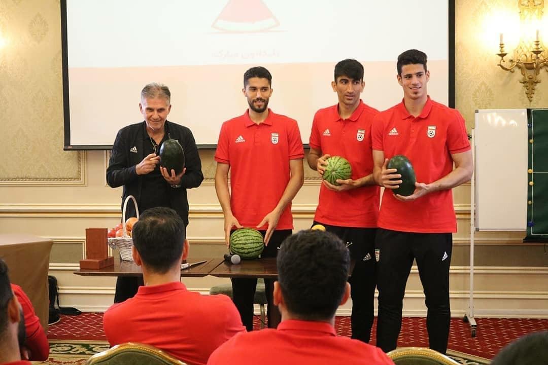 برگزاری مراسم شب یلدا در اردوی تیم ملی فوتبال + تصاویر