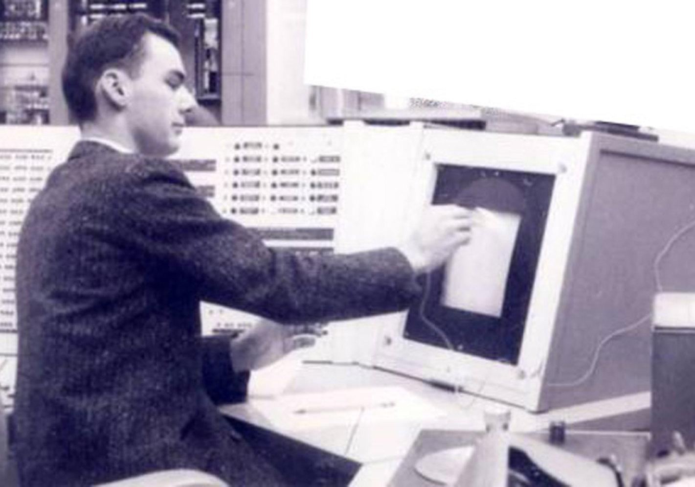 پدر اینترنت پیشرو در سن ۸۱ سالگی درگذشت