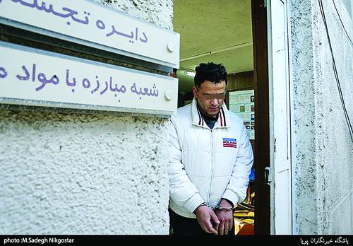 اعترافات عجیب جوان هنرمند و تحصیلکرده از سرقتهایش/ درون مبل خانه سارق پایتختنشین چه میگذرد؟