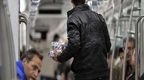 فرهنگسازی تنها راهکار برخورد با دستفروشی در مترو