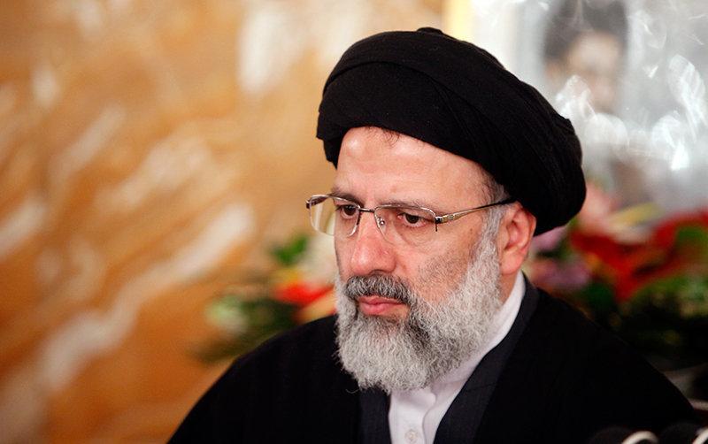 واکنش حجتالاسلام رئیسی به شایعه رفتنش به قوه قضائیه: هیچ حسی جز خدمت در بارگاه مقدس رضوی ندارم