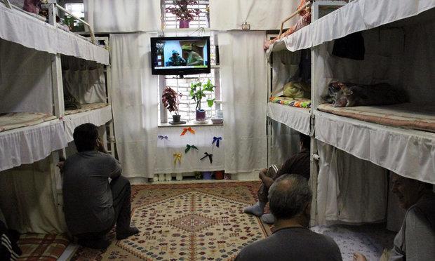 فیلمی شگفت انگیز از زندانی با امکانات VIP در ایران