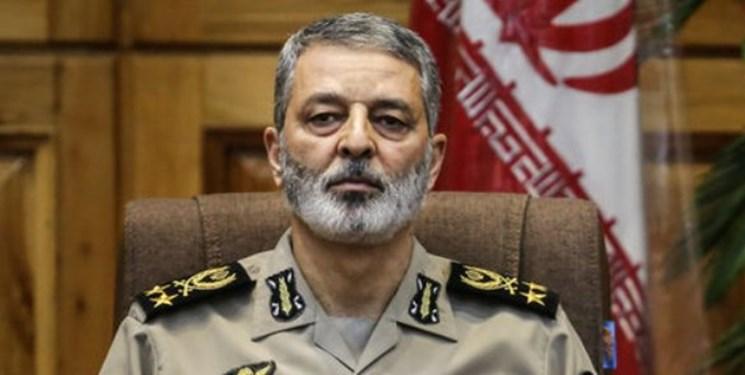 فرمانده کل ارتش درگذشت «غلامحسین بهشتی» را تسلیت گفت