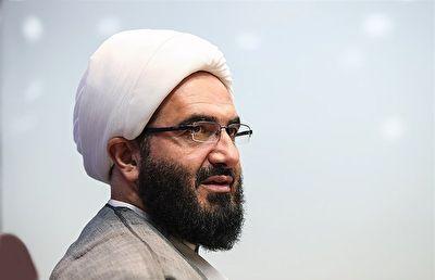 توضیحات خطیب جدید نماز جمعه تهران درباره حذف نردهها + فیلم