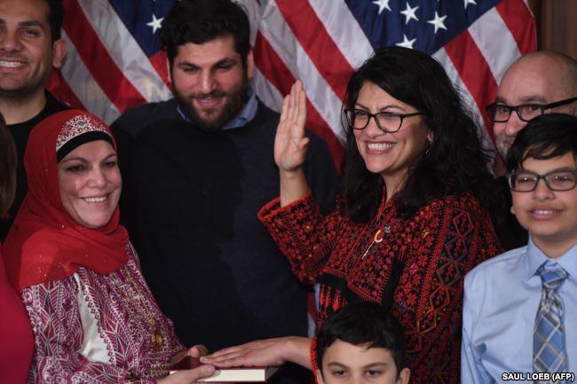 سوگند به قرآن در کنگره آمریکا+فیلم