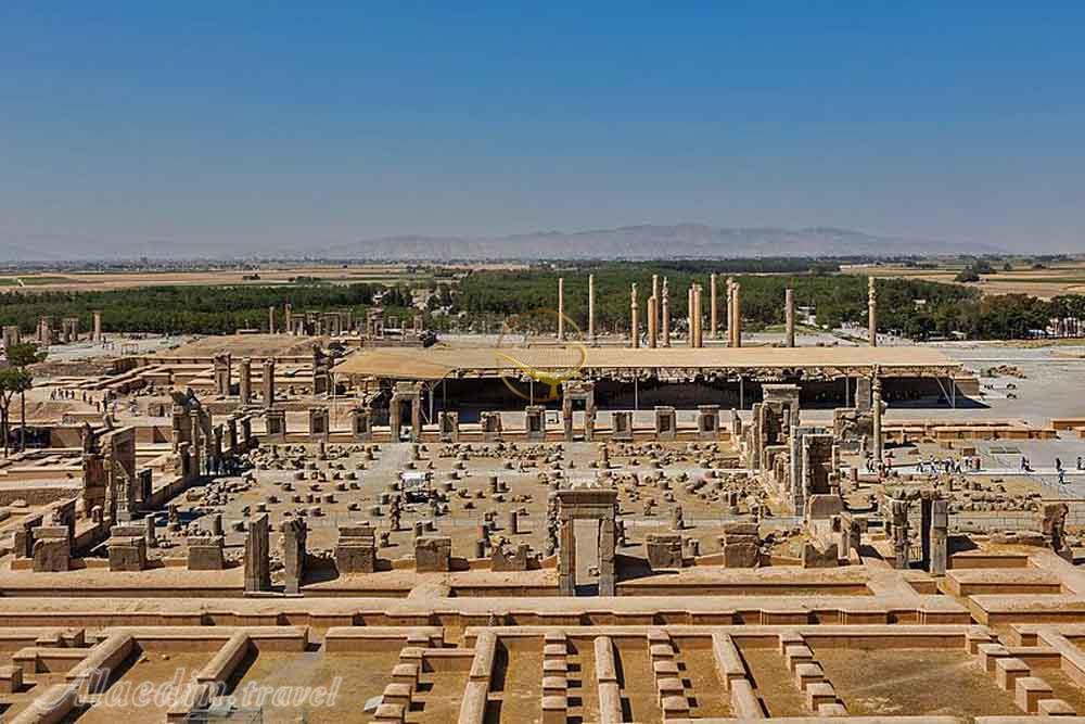 وضعیت تخت جمشید بحرانی نیست/خشکسالی عامل اصلی فرونشست دشت های فارس