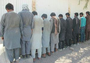 دستگیری ۱۰ مجرم تحت تعقیب قضائی در نیکشهر