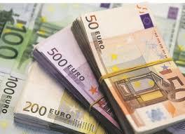 صادرکنندگان ارز خود را به سامانه نیما ارائه کنند