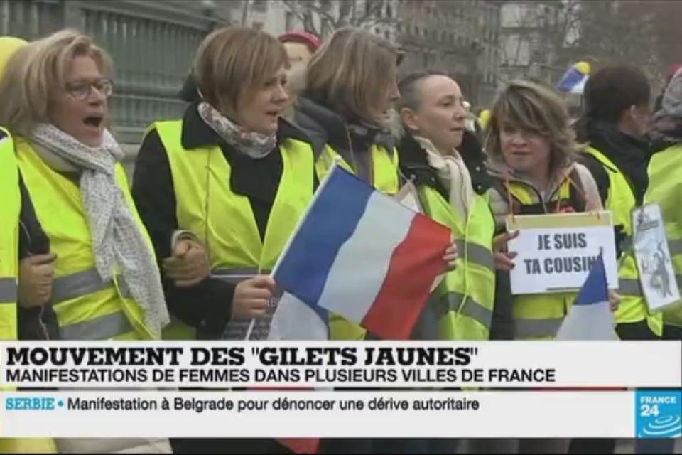 زنان فرانسوی مصمم به ادامه اعتراض به سیاستهای مکرون