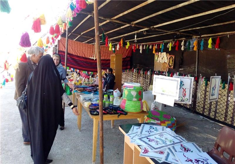 برپایی نمایشگاه جشنواره زمستانه در همدان