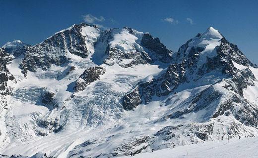 نمایی از طبیعت برفی در ارتفاعات نیشابور + فیلم