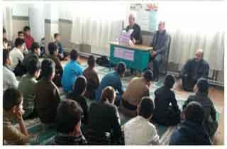 جلسه گفتمان دینی برای دانش آموزان روستایی برگزار شد