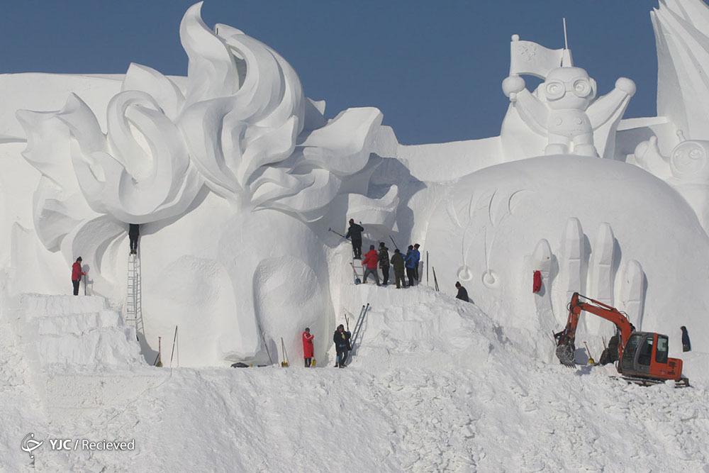 جشنواره برف و یخ هاربین چین