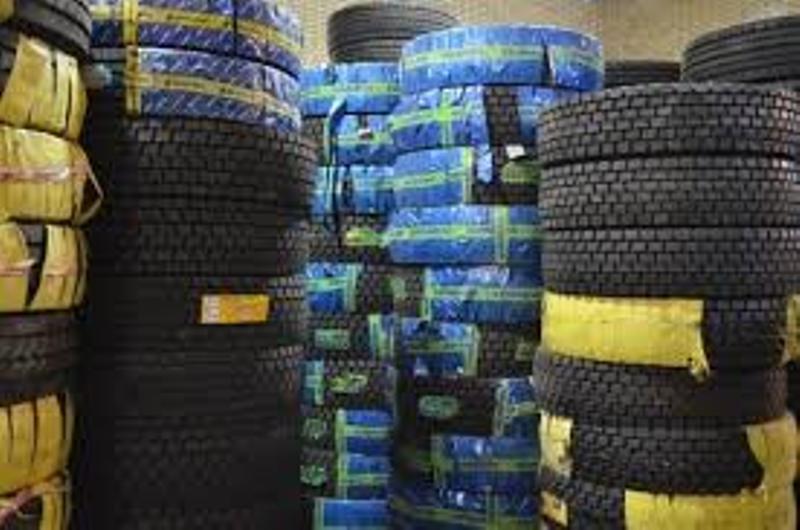 محتکر لاستیک خودرو در شبستربه ۱۶۰ میلیون ریال جریمه محکوم شد