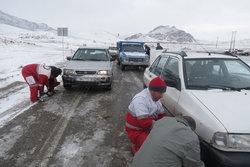 امدادرسانی به یکهزارو 800 در راه مانده در زنجان