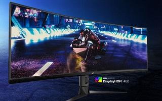 نمایشگاه CES 2019  ایسوس نمایشگرهای سه گانه خود را مخصوص بازیهای رایانهای معرفی کرد