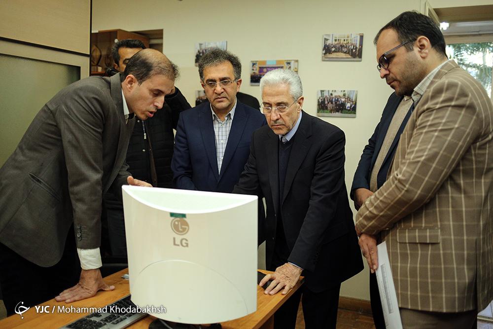 بازدید وزیر علوم , تحقیقات و فناوری از پژوهشکده مطالعات فرهنگی