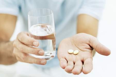 زخمهای درد ناک مری با خوردن بدون آب دارو