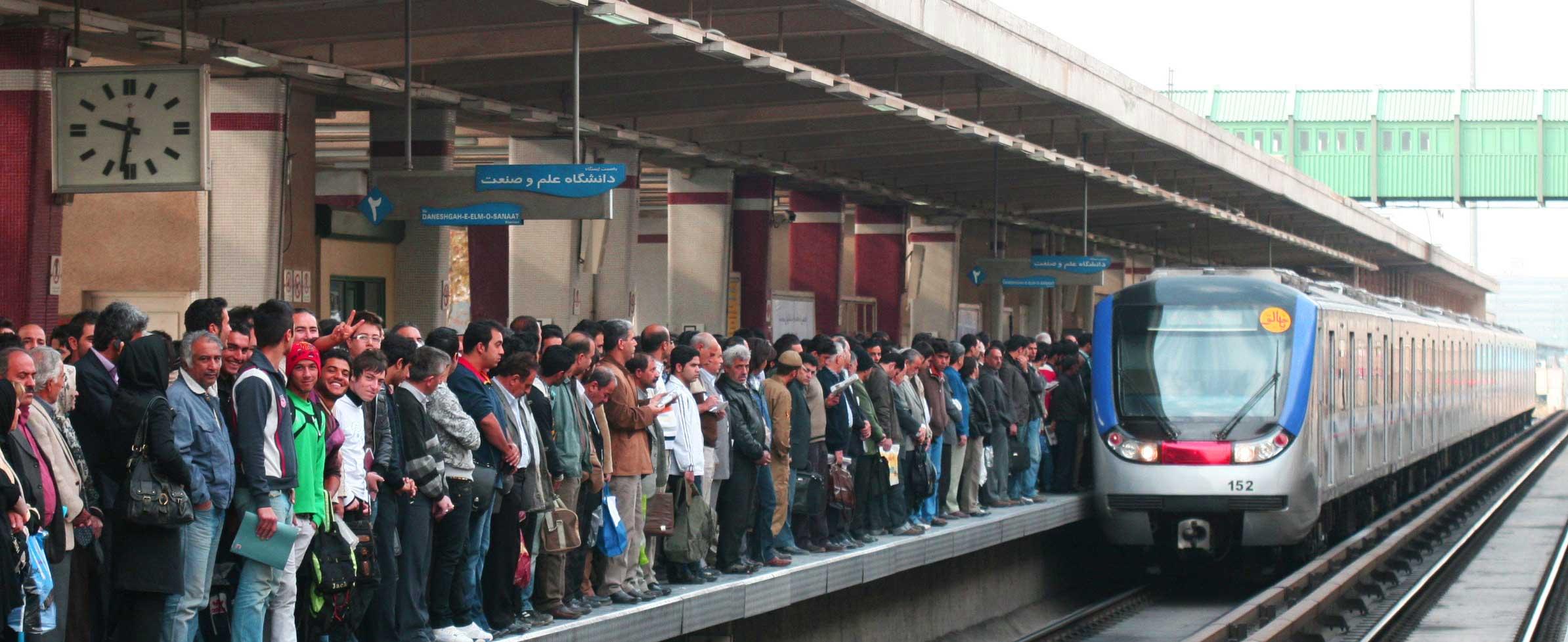 زمزمه واگذاری مترو به خصولتیها با نظریه بلیط 10 هزار تومانی